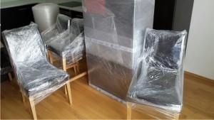 Balení nábytku kvůli stěhování